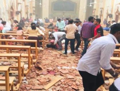 Серия взрывов прогремела в церквях и отелях Шри-Ланки, погибли более 50 человек