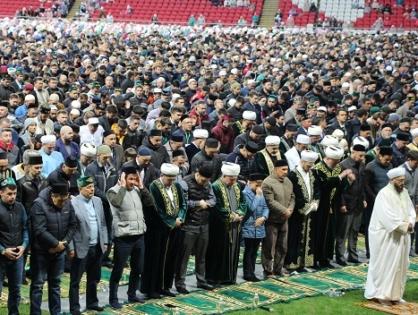 Tataristan'da 15 Bin Kişi Cumhuriyet İftarında Buluştu
