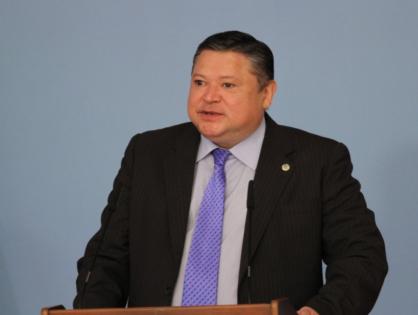 """Марат Тажин провел заседание комиссии по присуждению стипендии """"Болашак"""""""