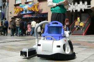 Роботы-уборщики на технологиях 5G вышли на работу в Центральном Китае