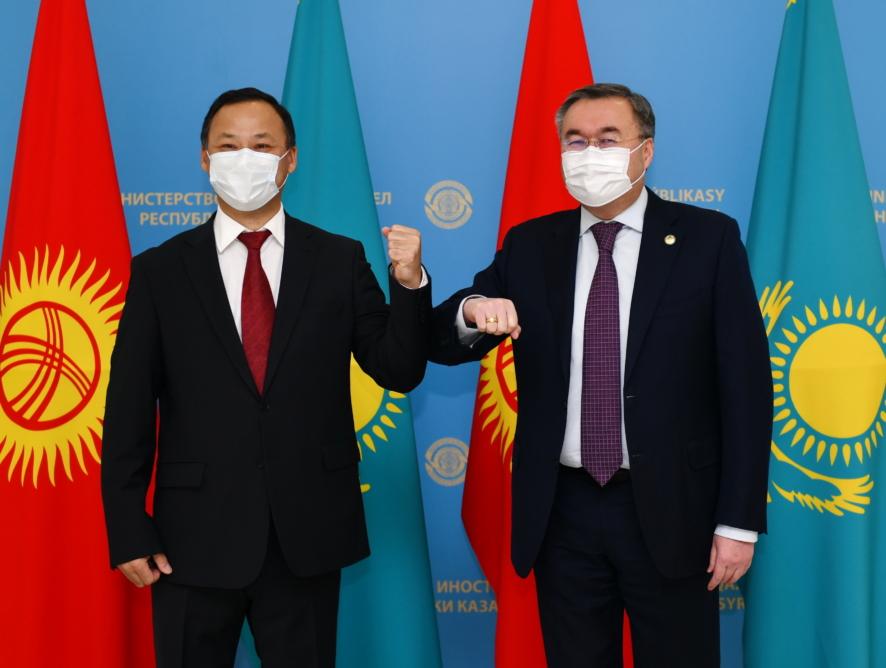 Министр иностранных дел Кыргызстана находится с рабочим визитом в Казахстане