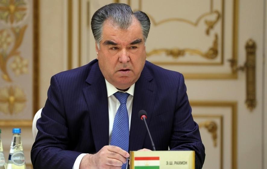Президент Таджикистана объявил о полной победе над коронавирусом в стране