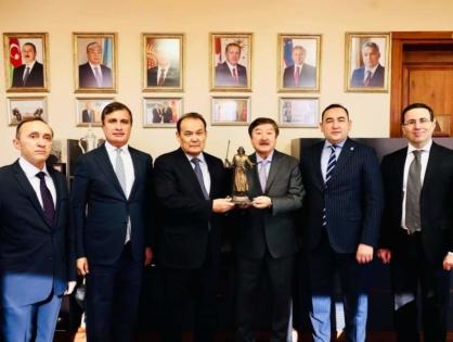 Генеральный Секретарь ТЮРКСОЙ посетил Тюркский Совет