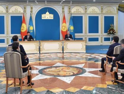 Қазақстан мен Қырғызстан президенттері журналистер үшін бірлескен баспасөз мәслихатын өткізді