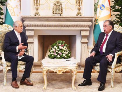 Эмомали Рахмон встретился со спецпредставителем США по примирению в Афганистане