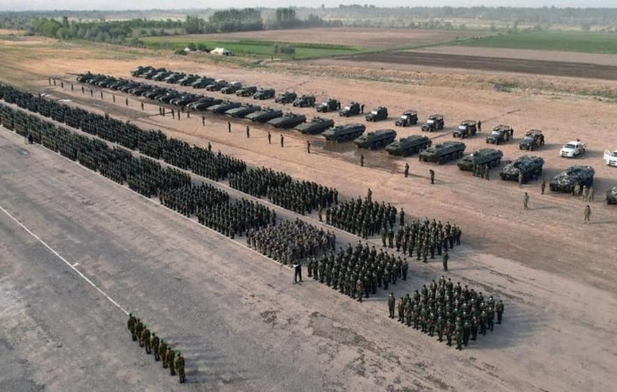 Президент Таджикистана проверил боеготовность армии в связи с обстановкой в Афганистане